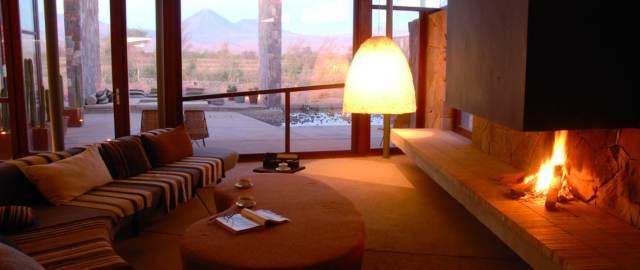 4._Tierra_Atacama_Living.jpg.1140x481_default