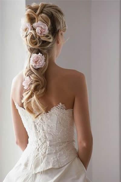 flores-no-cabelo-para-noivas-charmosas
