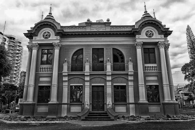 palacio dos leos - jorge nelson