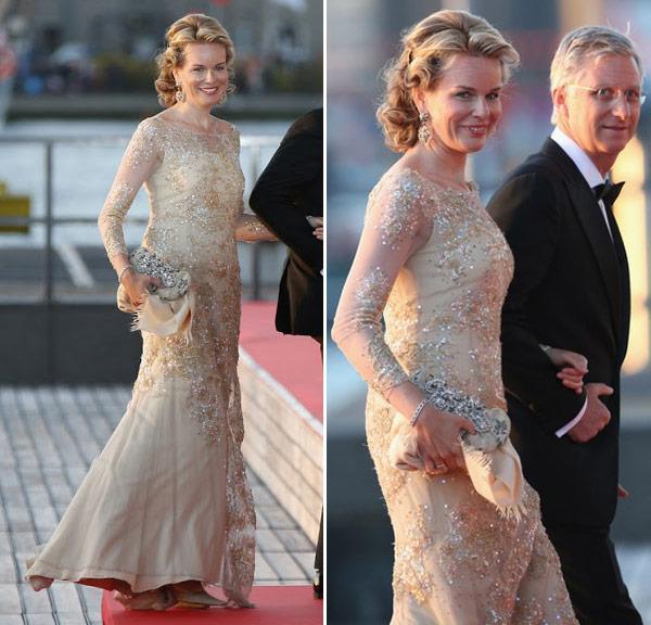 princesa-mathilde-vestido-passeio-barco-coroacao-holanda-01