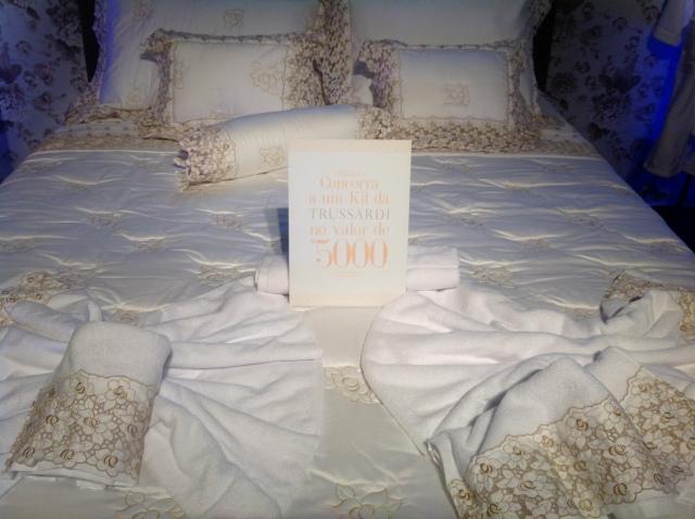 E umsorteio maravilhoso estava sendo feito de um conjunto de cama no valor de 5 mil reais.