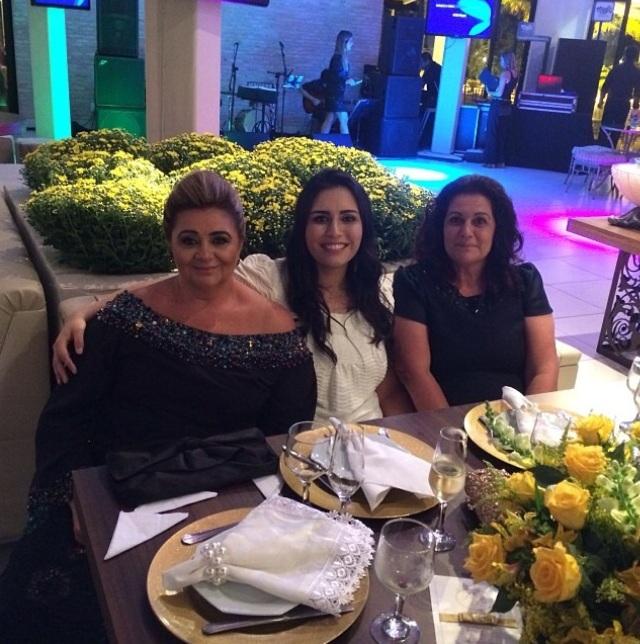 Maria Nelle, Patrícia e Eliana
