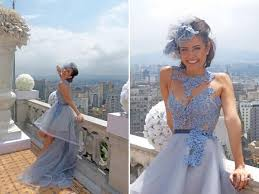 Lembram desse casamento na novela? A relação não deu muito certo, mas a noiva chamou super a atenção com esse vestido.