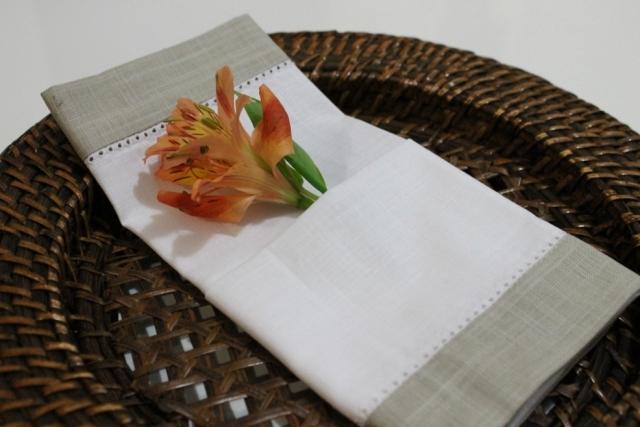 Dobradura-guardanapo-com-flor-1