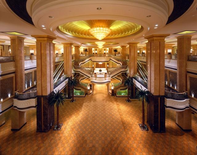 SetWidth2000-Ballroom-Foyer