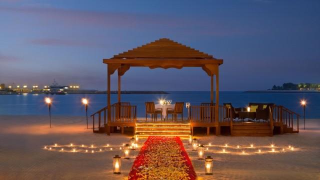 SetWidth2000-Romantic-Dining-BBQ-Al-Qasr