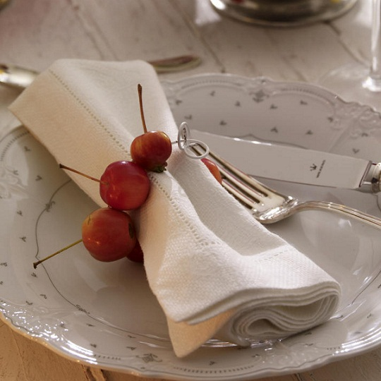 Thanksgiving-Table-Decorations-grape