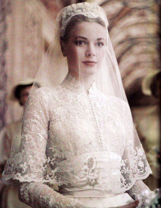 Grace Kelly de noiva, um ícone dos anos 50.
