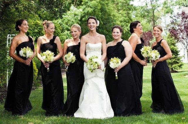 casamento-italiano-vestidos-pretos-madrinhas1