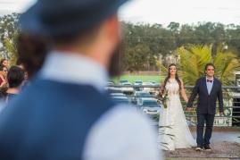 entrada-da-noiva-Casamento-Mateus-e-Marcella-Foto-Michel-Castro